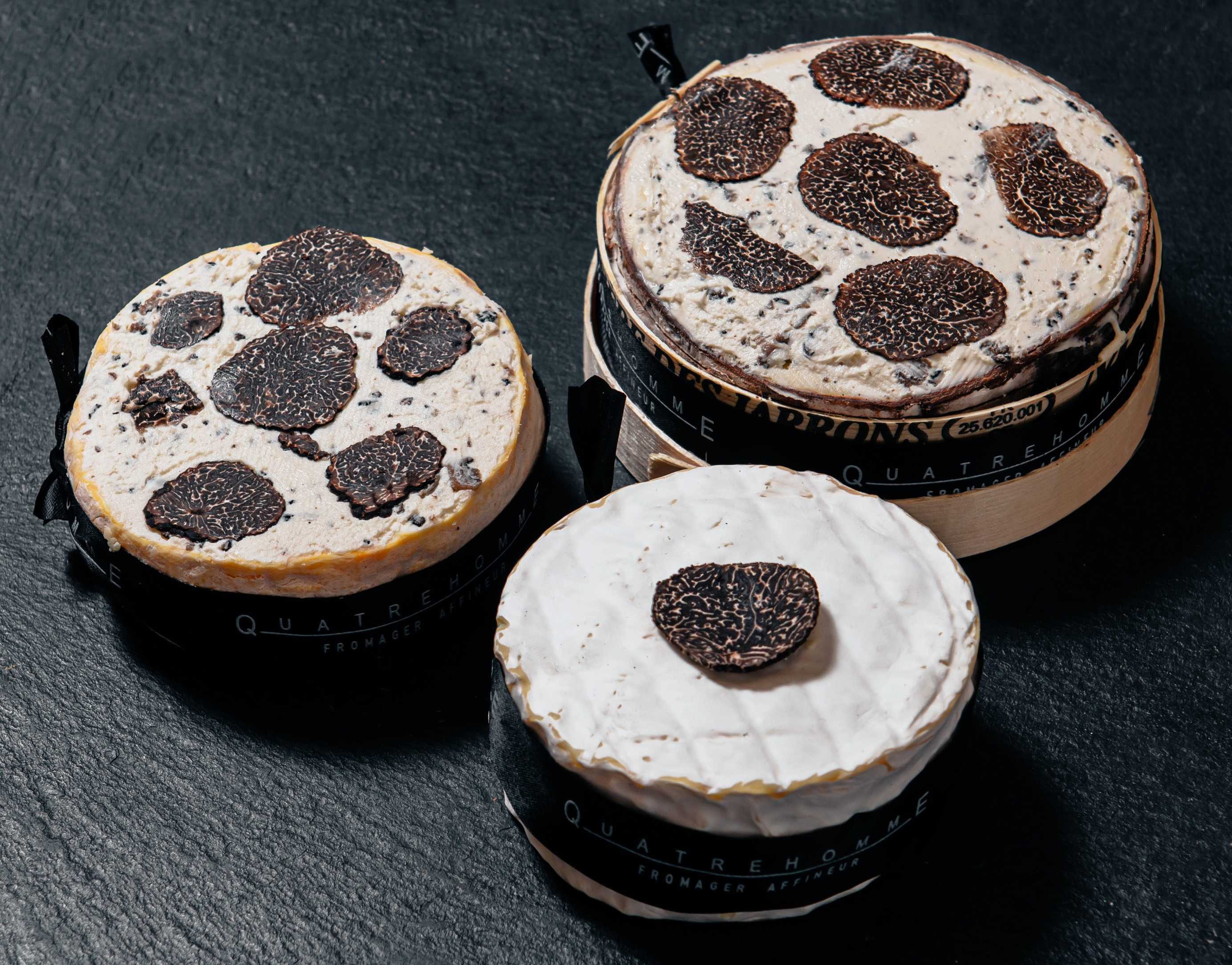 Mont d'Or with truffle